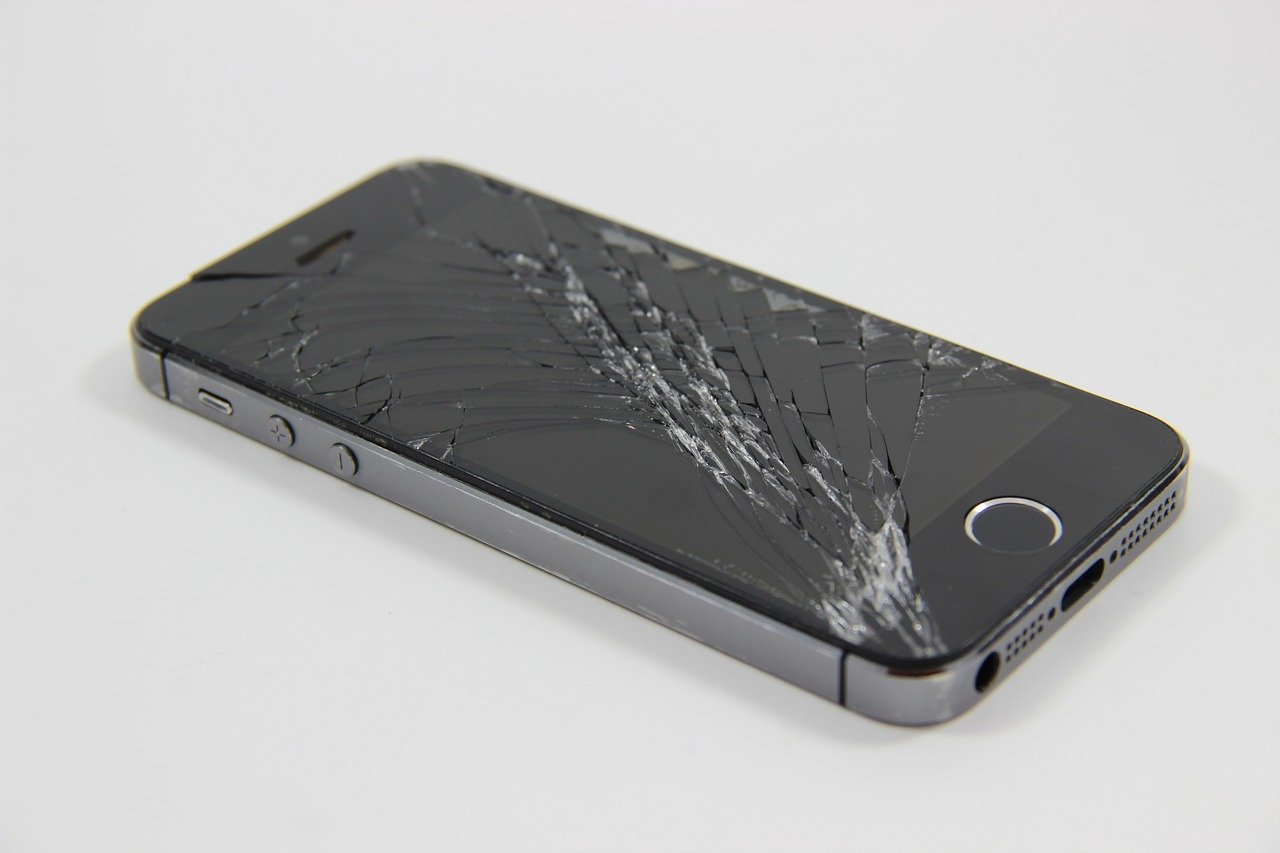 cracked iphone screen repair